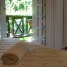 Suite 18- Suite com varanda vista bosque 01
